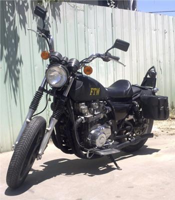 Kawasaki  KZ1000p