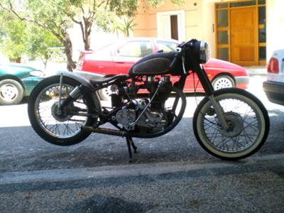 Royal Enfield Bullet 500 Rat Bobber