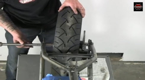 installing axle rear wheel