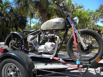 750 Bonneville