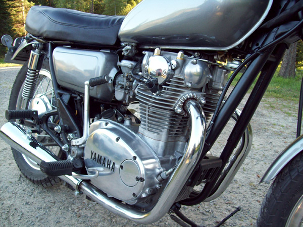 restored xs650 engine