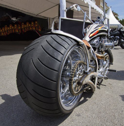 wide tire